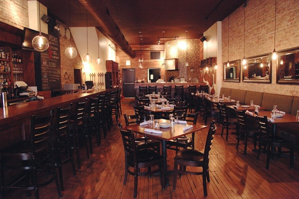 Photo of Chicago event space venue Sono Wood Fired's Center Dining Area