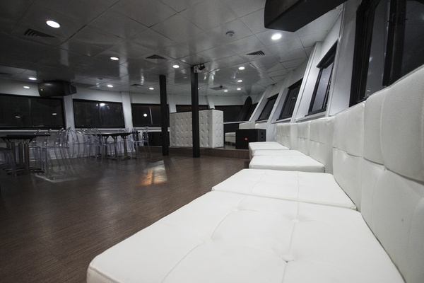 Photo of NYC / Tri-State event space venue Jewel's Main Deck