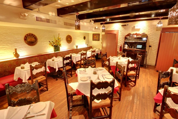 Photo of NYC / Tri-State event space venue El Parador Cafe's Main dining room