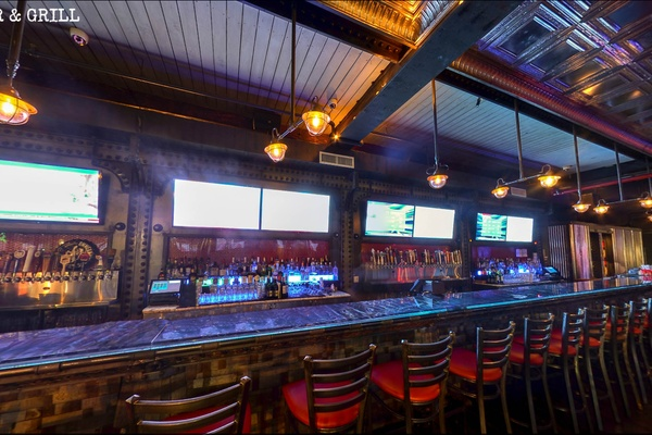 Photo of NYC / Tri-State event space venue Iron Bar & Lounge's Restaurant Space