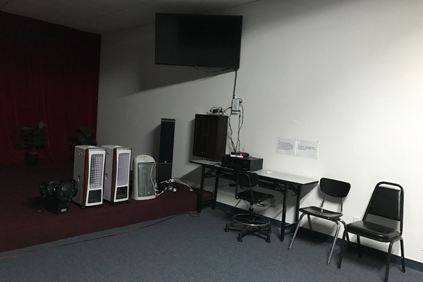 Photo of SF event space venue Party room rental's medium size party room for rent