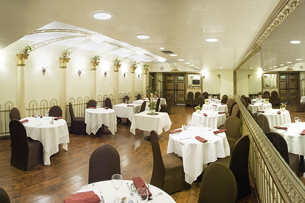 Photo of San Francisco event space venue L'Olivier Restaurant's Full Venue