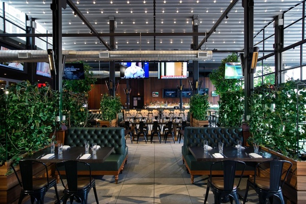 Photo of NYC / Tri-State event space venue Rock & Reilly's's Canopy Large Party