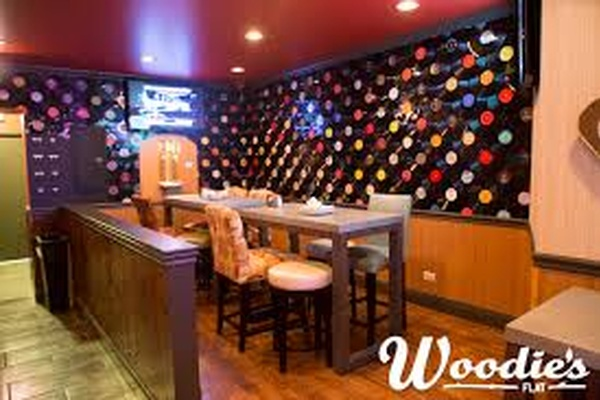 Photo of Chicago event space venue Woodie's's Full Venue