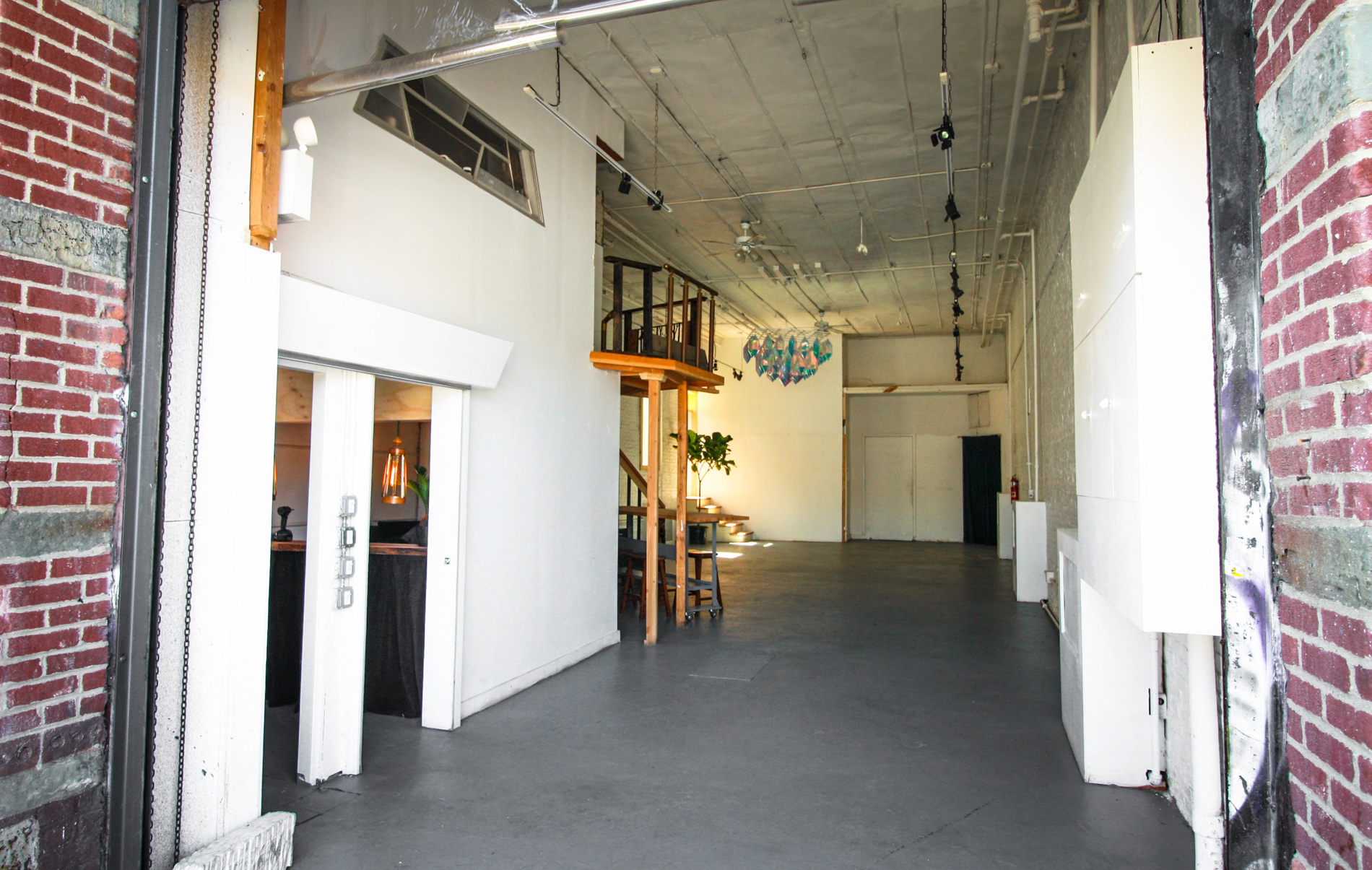 Photo #21 White Brick Gallery, Vintage Loft, and Roofdeck at The 5th House