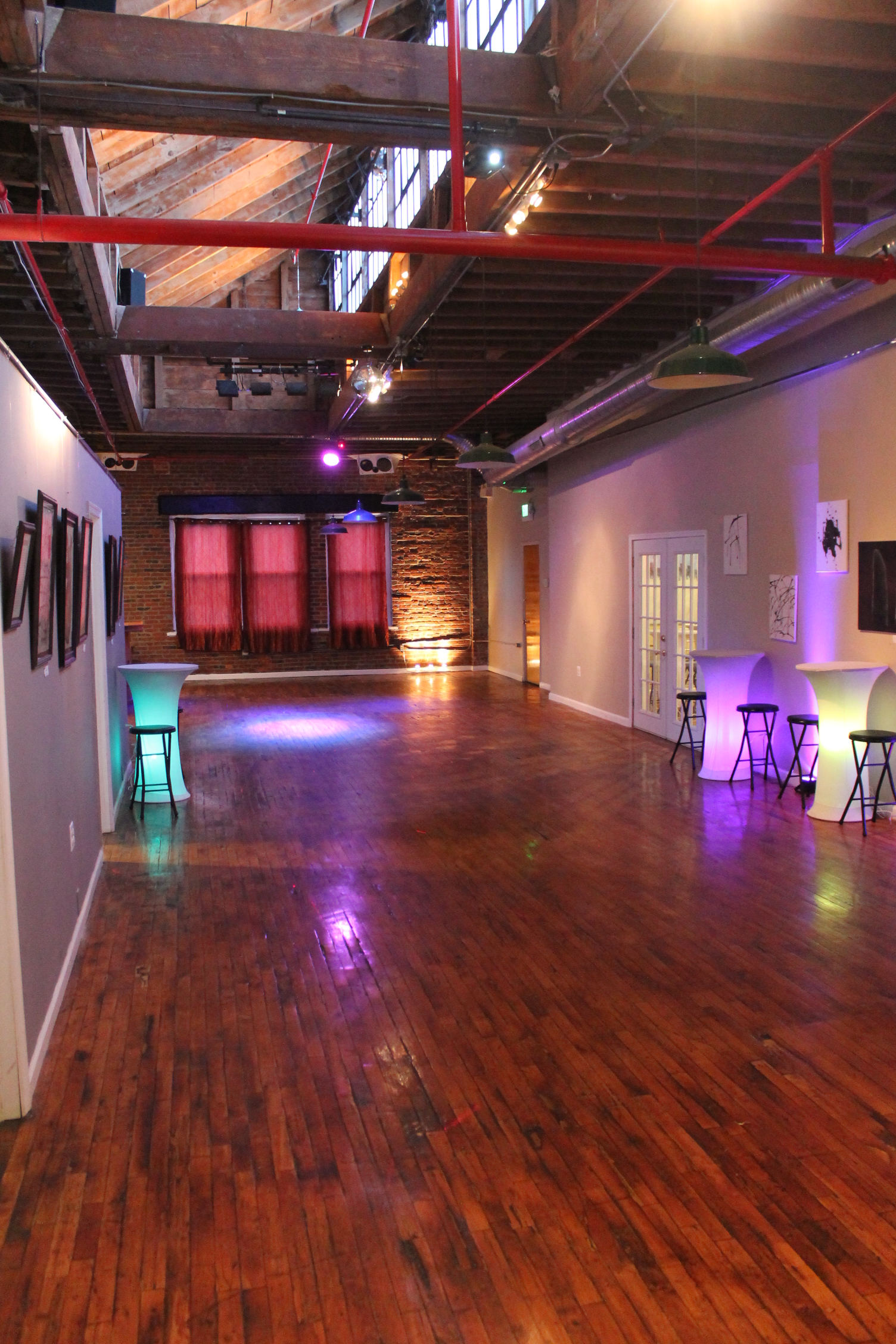 Photo #8 SkyLofts A at SkyLofts Gallery