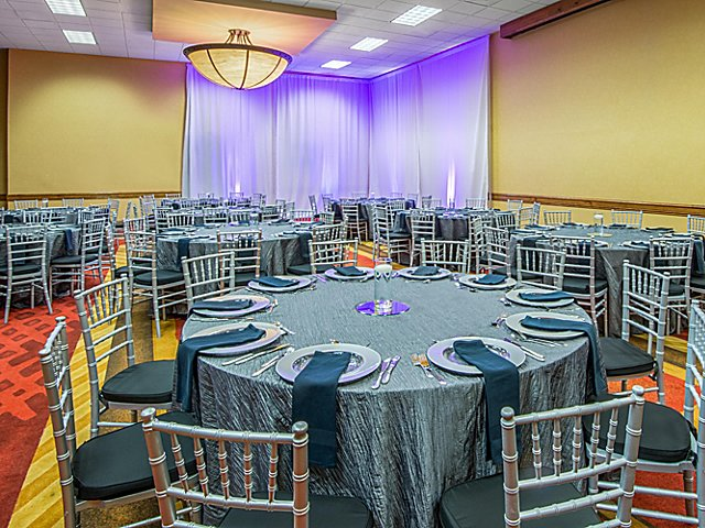 Photo #4 Breckenridge Meeting Room at Crowne Plaza Denver Airport Convention Center