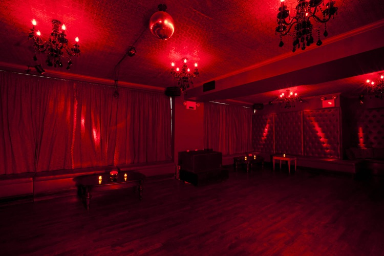 Photo #7 Red Room at The DL