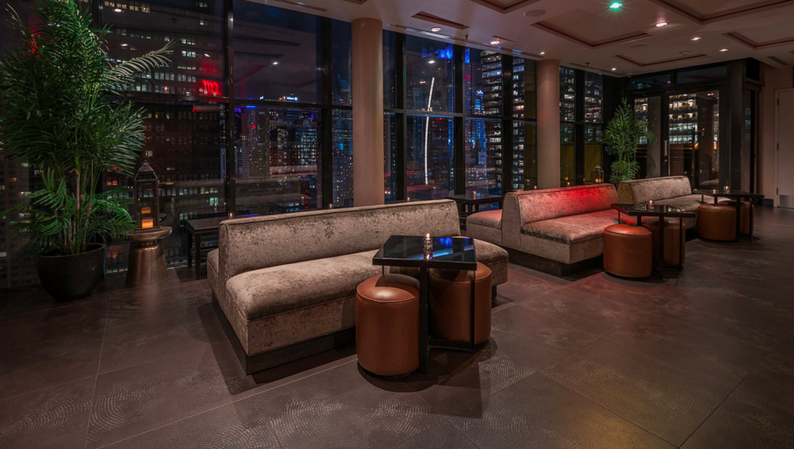 Photo #4 Candle Light Lounge at Sky Room