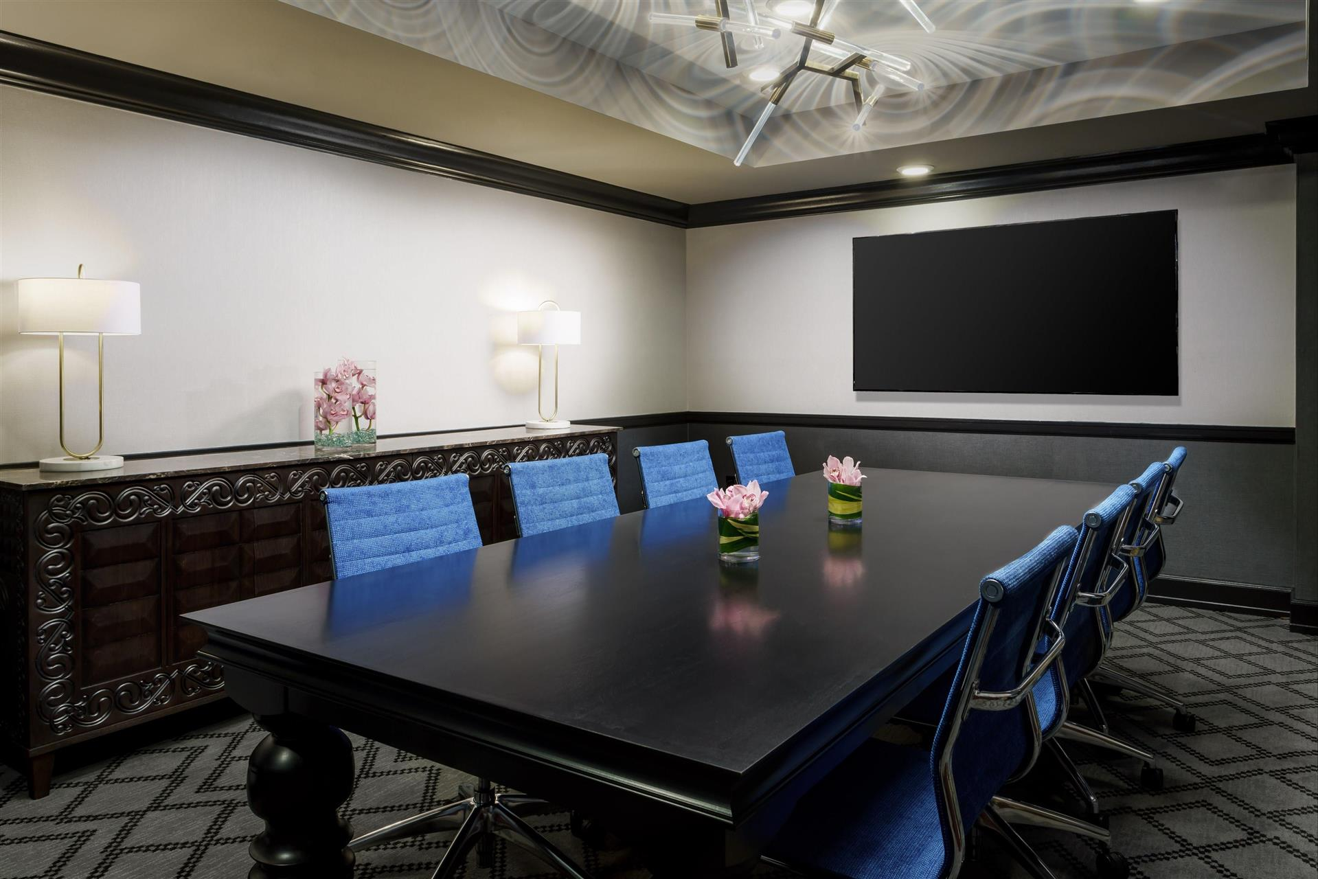 Photo #3 Young Boardroom at Hotel Spero