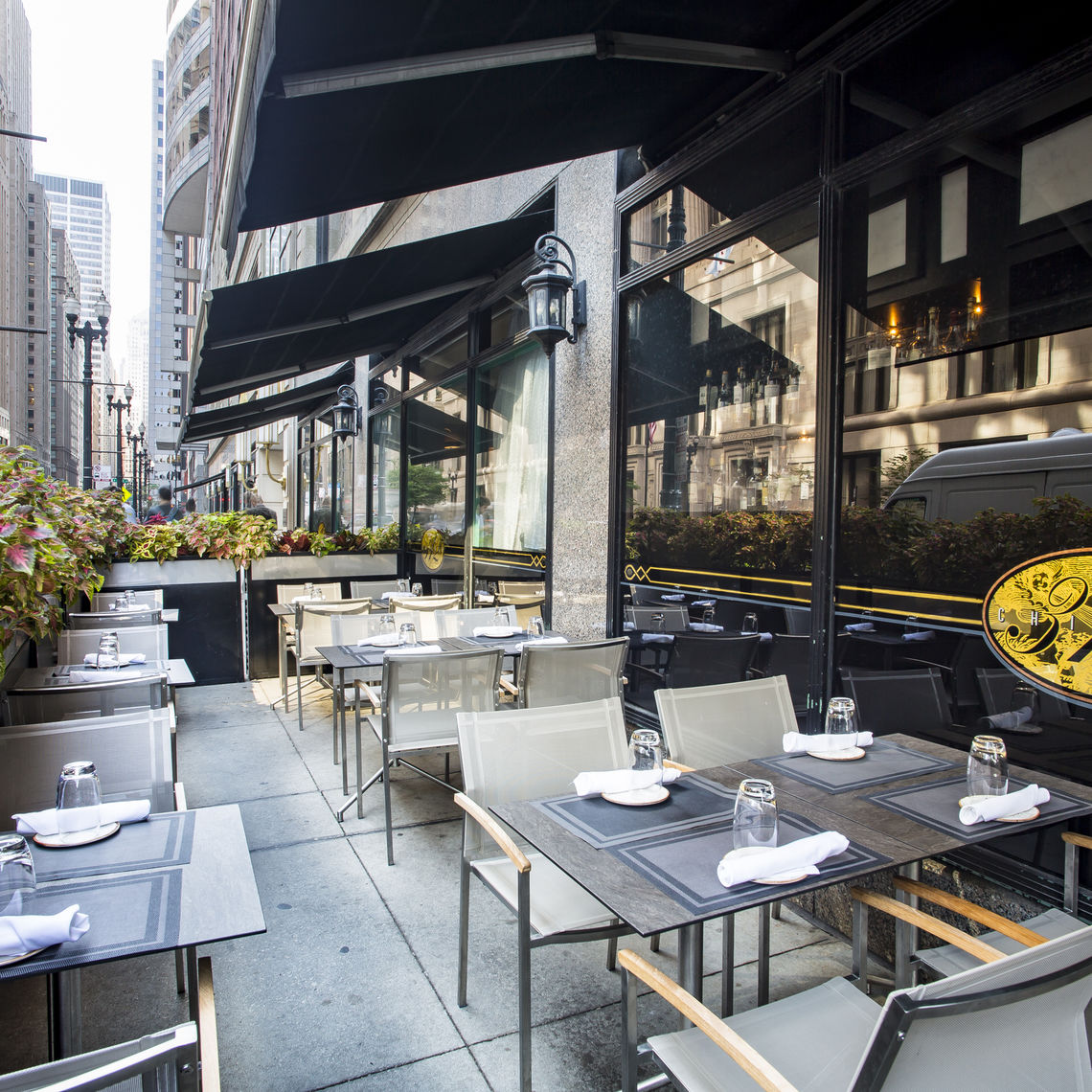 Photo #5 OUTDOOR PATIO at 312 Chicago