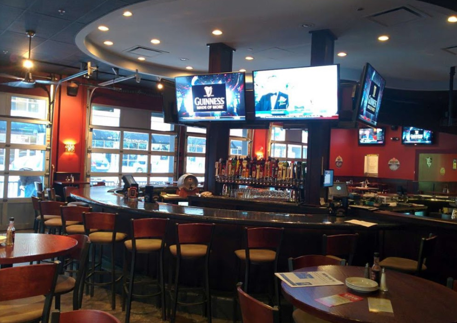 Tap House Grill - Des Plaines event space in Chicago, Chicagoland Area