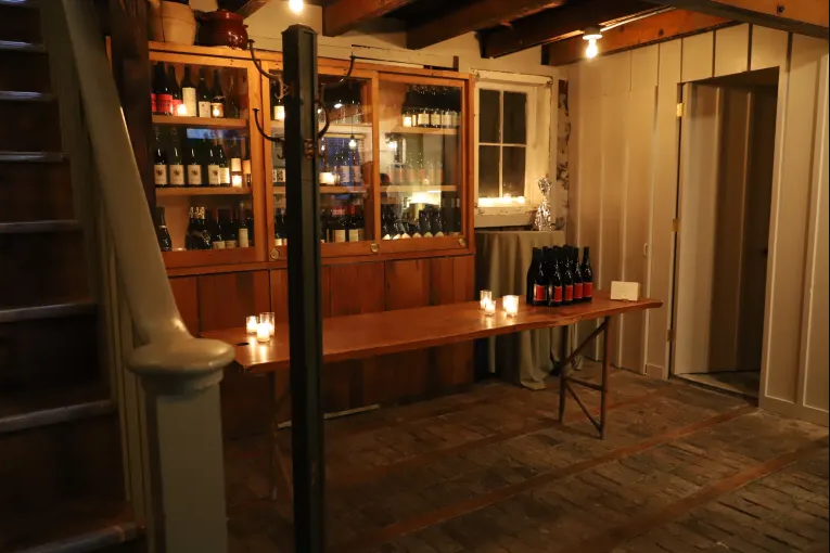 Photo #2 Carriage House at Vinegar Hill House