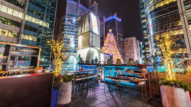Photo #2 St. Cloud Rooftop Bar at The Knickerbocker