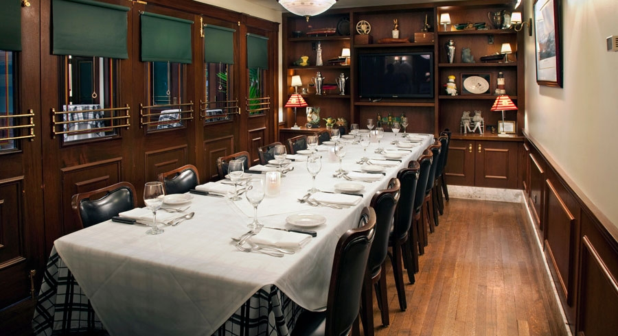 Photo #2 Gibsons Private Dining Room  at Hugo's Frog Bar & Fish House - Chicago