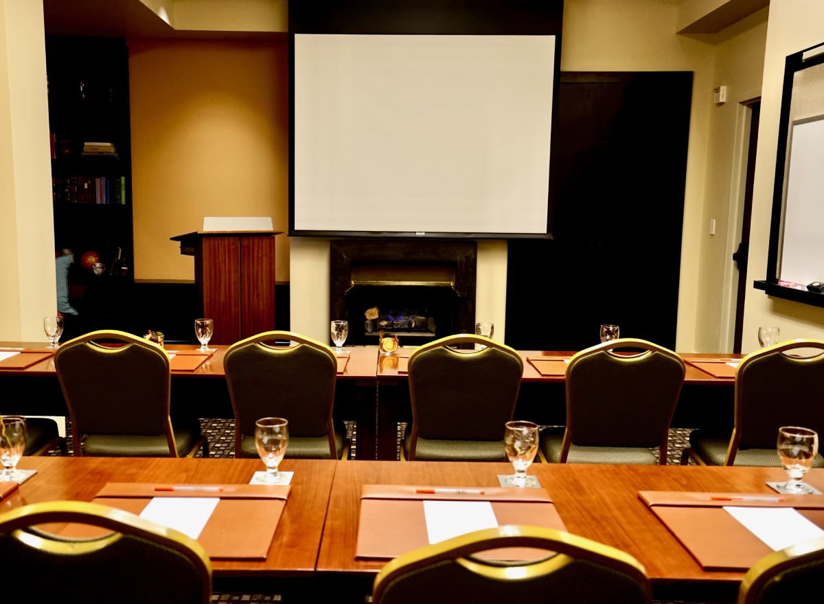 Photo #2 Meeting Spaces at Hotel ABRI