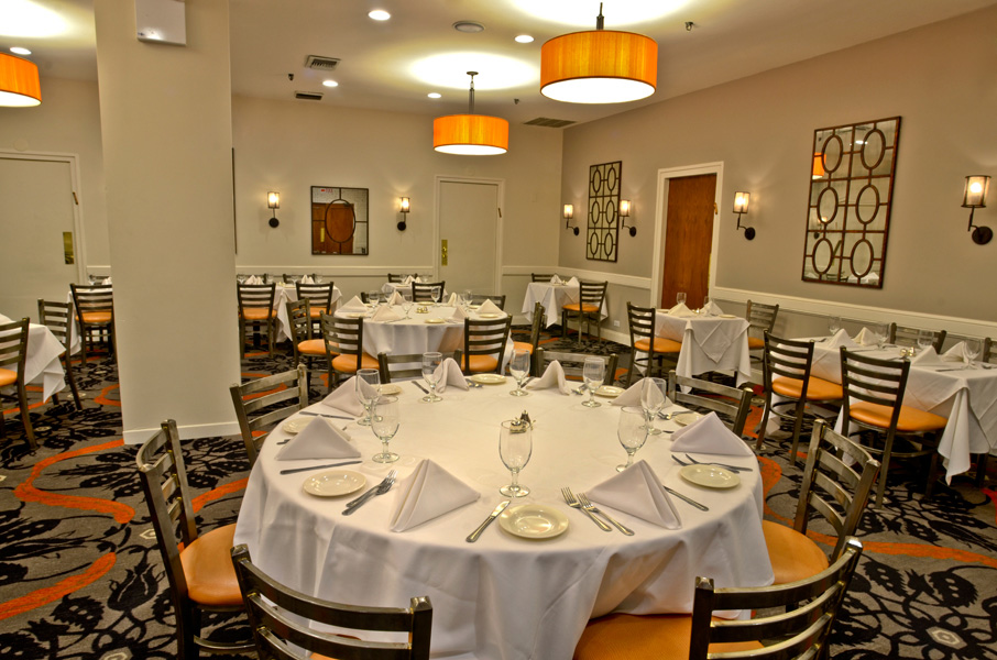 Photo #3 Main Dining Room at Abigael's on Broadway