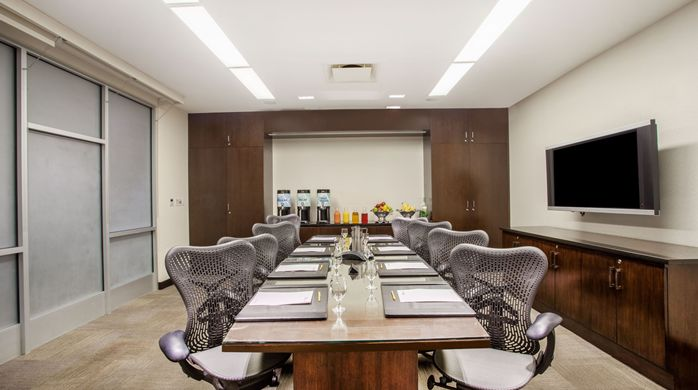 Photo #2 Board Room at Hilton Garden Inn New York/ West 35th Street