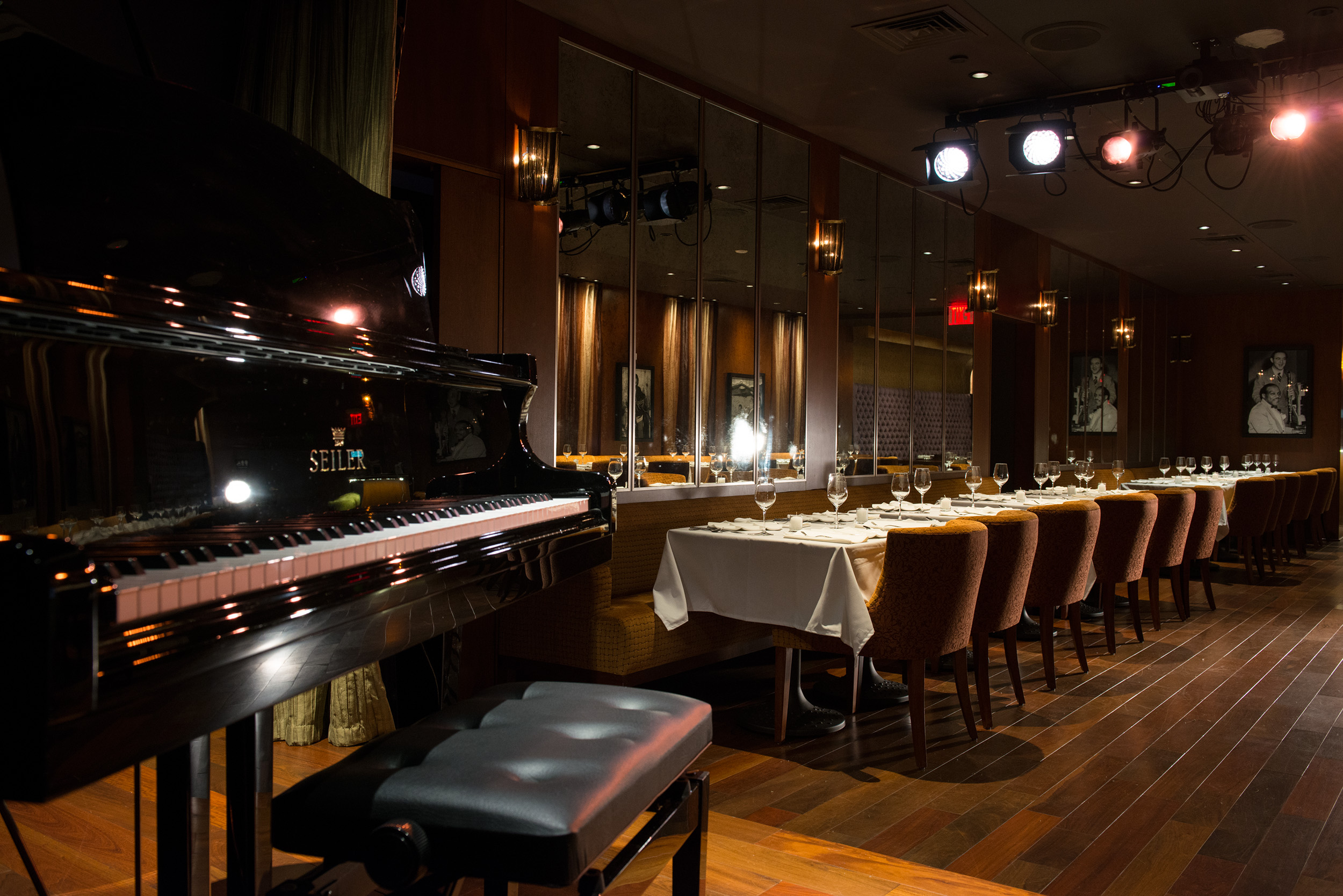 Photo #2 Main Dining Room at Minton's
