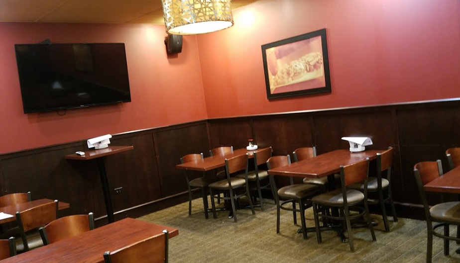 Photo #4 Party Room at Tap House Grill - Des Plaines