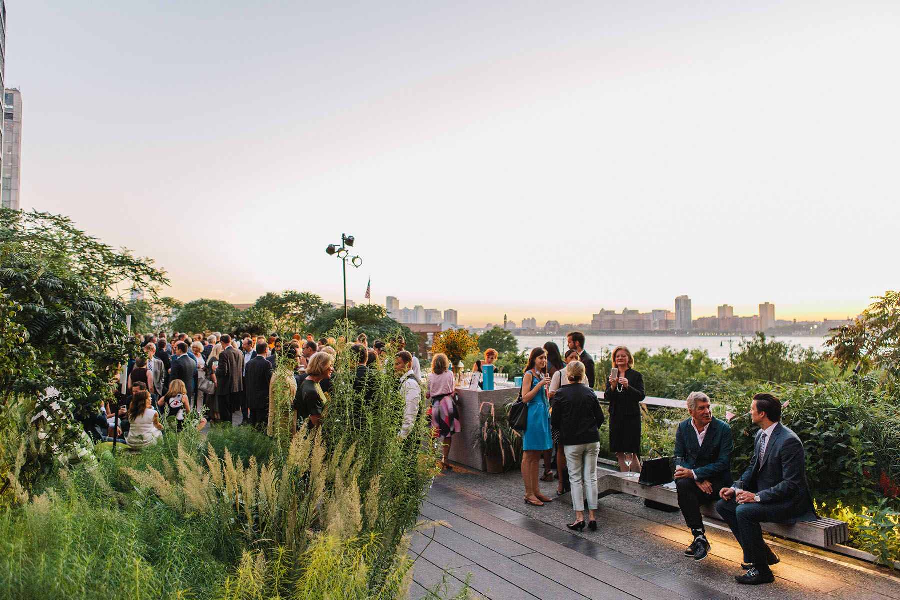 Photo #5 Diller - von Furstenberg Sundeck  at High Line - Chelsea Market Passage