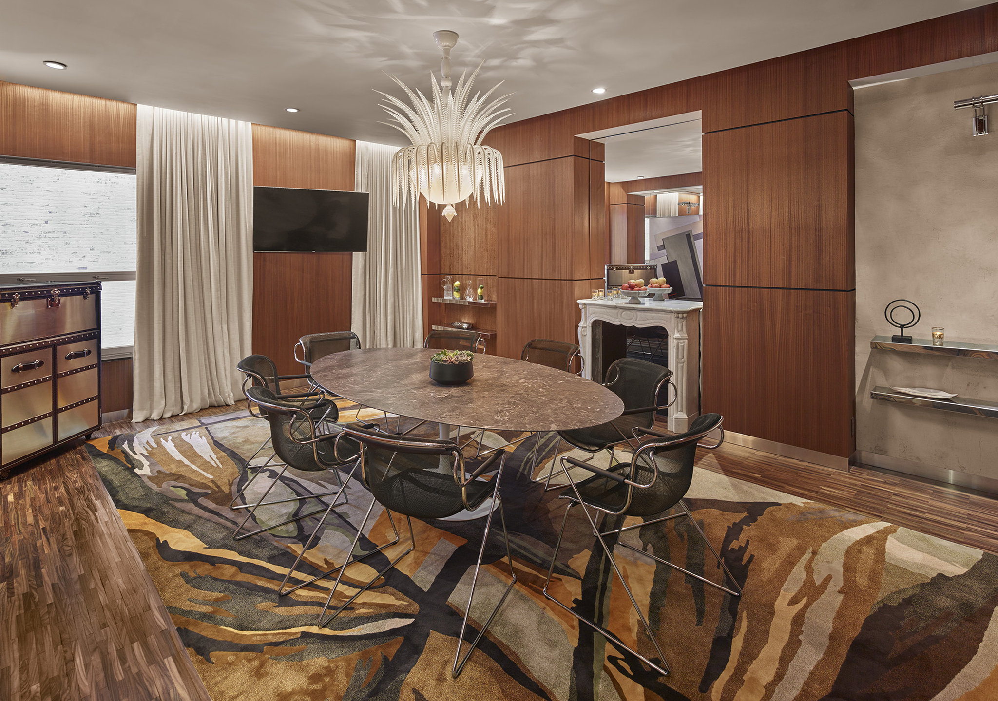 Photo #3 Boardroom at Mondrian Park Avenue