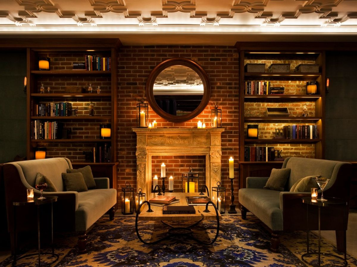 Photo #2 Library at Arthouse Hotel
