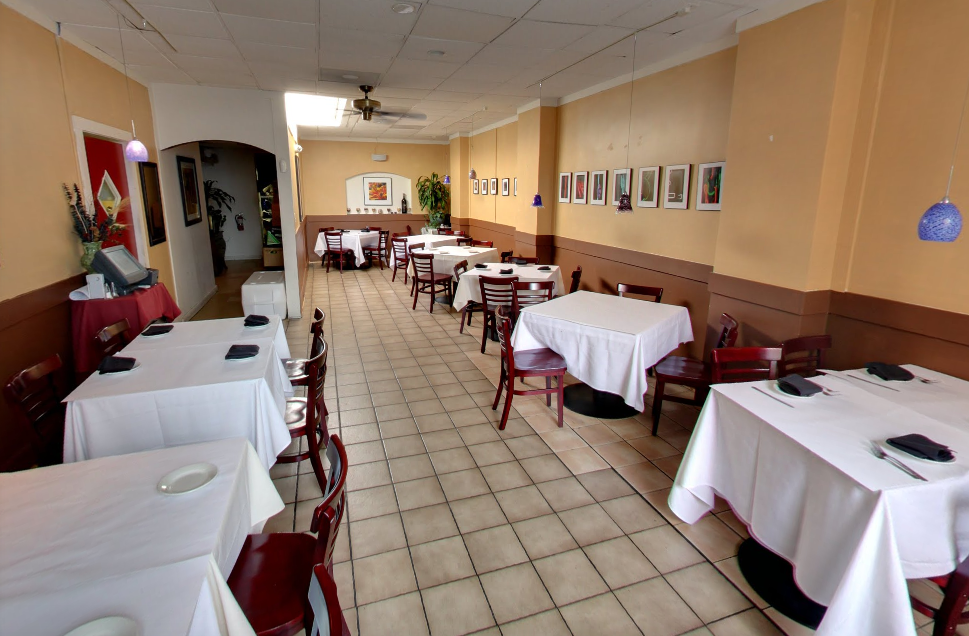 Main Dining Room event space at Chef Tony's Fresh Seafood Restauraunt in Washington DC, Maryland, Virginia, DC Area
