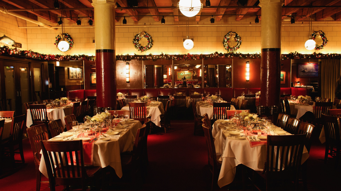 Photo #4 Main Dining Room at Shaw's Crab House Chicago