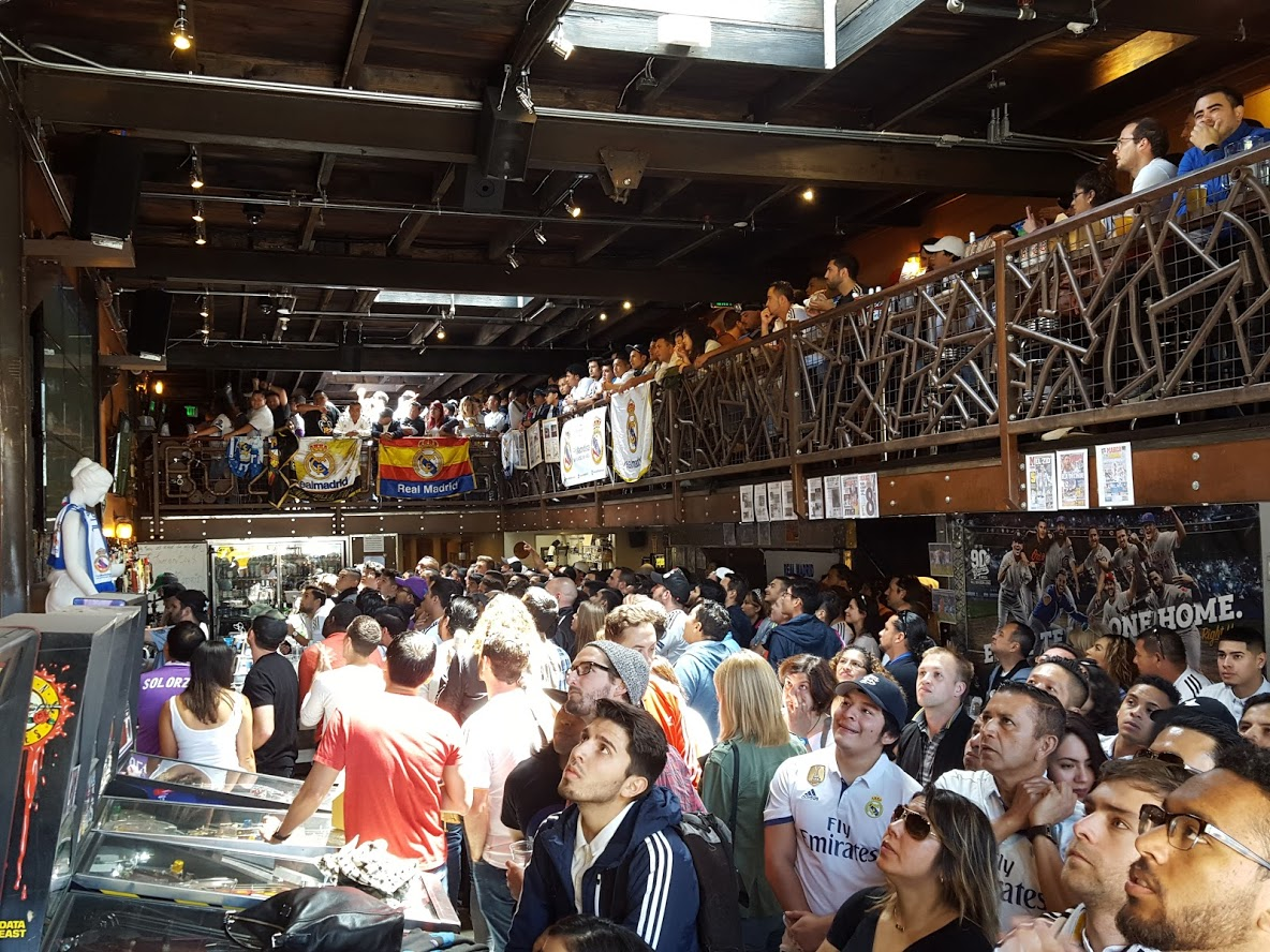 Photo #2 Full Venue at BuzzWorks Craft Beer Sports Tavern