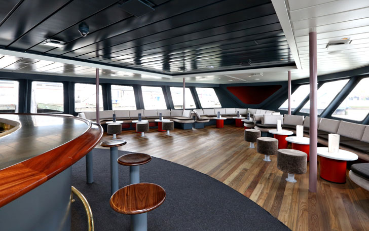 Photo #48 Hudson's Lounge at World Yacht
