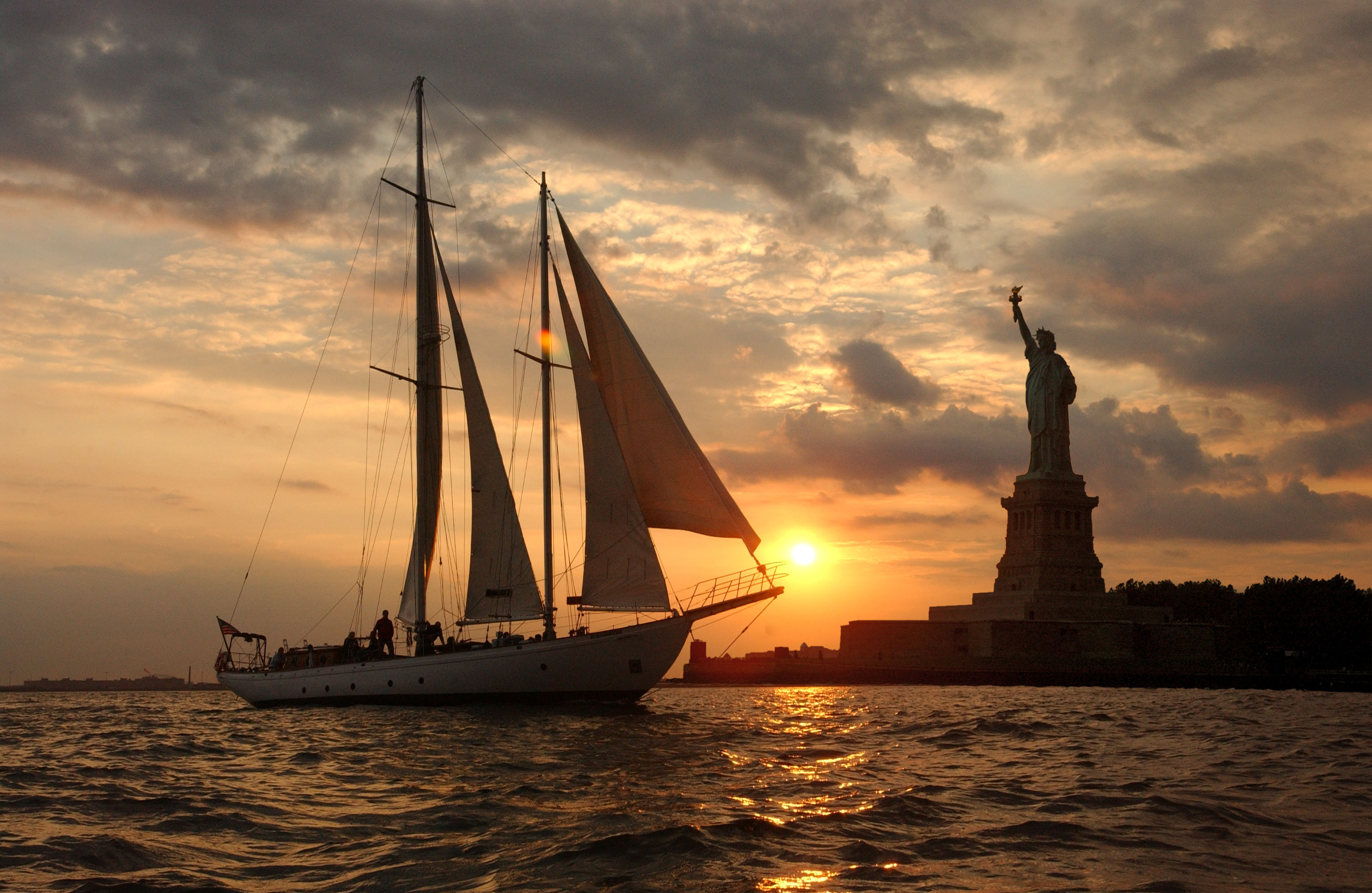 Photo #8 Shearwater Classic Schooner  at Shearwater Classic Schooner (Manhattan By Sail)