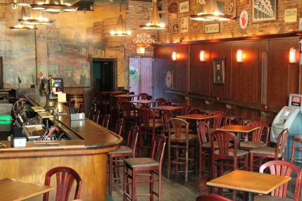 Photo #5 Full Venue at Clark Street Ale House