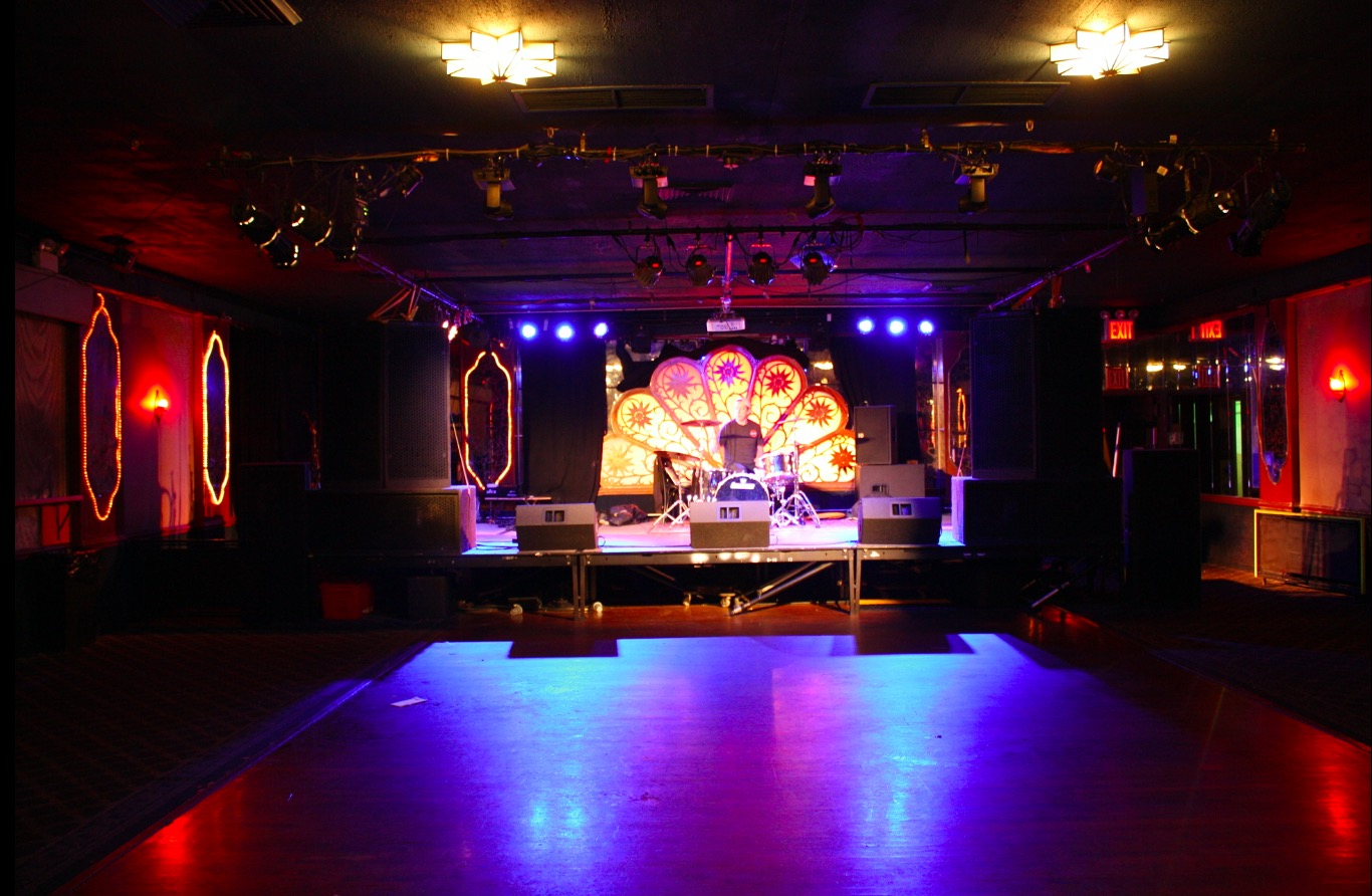 Photo #2 The Concert Hall at Brooklyn Bazaar