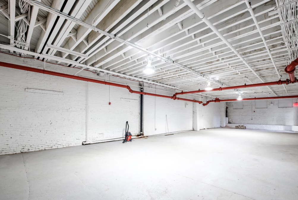Photo #10 The White Brick Space at The Box Factory